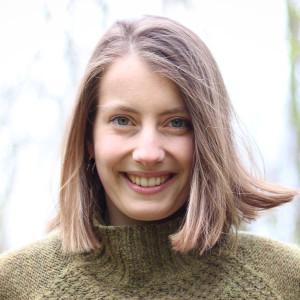 Speaker - Anja Rosa Neuner + 3 FSJler:innen
